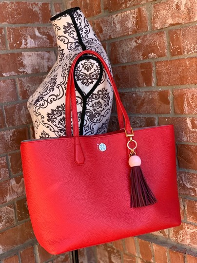 Tory Burch Tote in liberty red Image 1