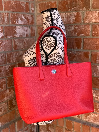 Tory Burch Tote in liberty red Image 10