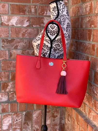 Tory Burch Tote in liberty red Image 2