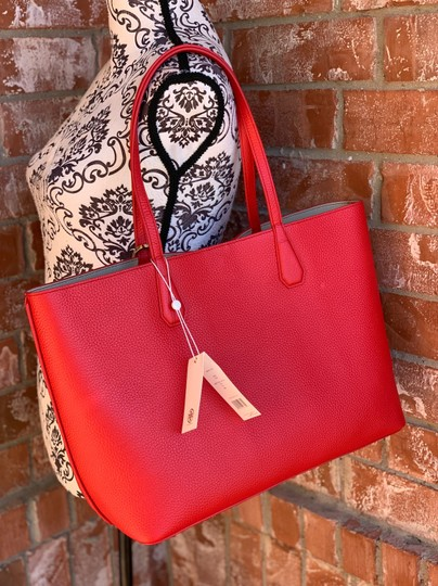Tory Burch Tote in liberty red Image 5