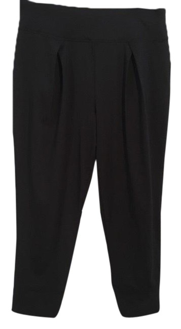 Item - Black Pleated Activewear Bottoms Size 6 (S)