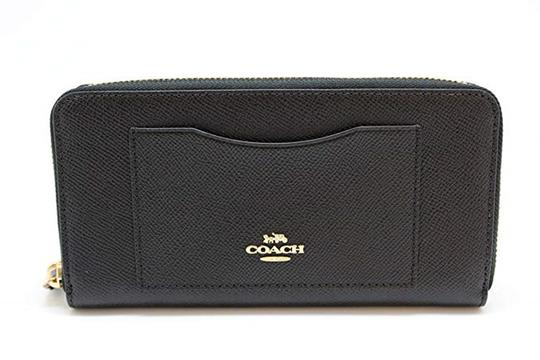 Preload https://img-static.tradesy.com/item/24976227/coach-black-crossgrain-leather-women-s-f54007-women-s-wallet-0-0-540-540.jpg