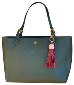 508605a317e Tory Burch Buckle Totes - Up to 70% off at Tradesy (Page 2)