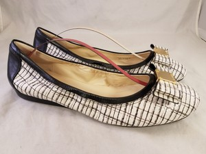 Cole Haan Grand.os Woman Ballet white and black Flats