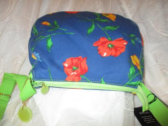 Liz Claiborne Floral Print Reversible 003 Shoulder Bag Image 10
