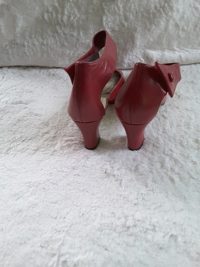 Auditions Red Pumps Image 3
