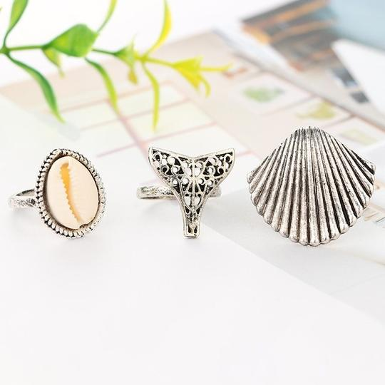 Other Beach Babe Ring Set Lot of 3 Mermaid Tail Cowrie Shell Ring Silver Image 2