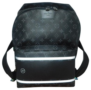 23de23987c Louis Vuitton Lv Eclipse Explorer Mens Monogram Black Canvas Weekend ...
