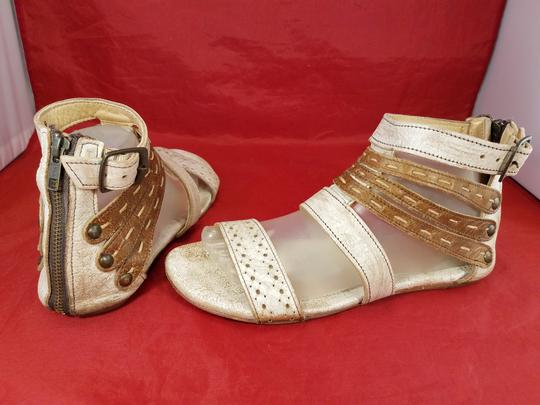 Bed|Stü Distressed Leather Gladiator Woman Size 9 beige and brown Sandals Image 4