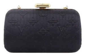 631db25a878a Black Louis Vuitton Bags - Up to 90% off at Tradesy