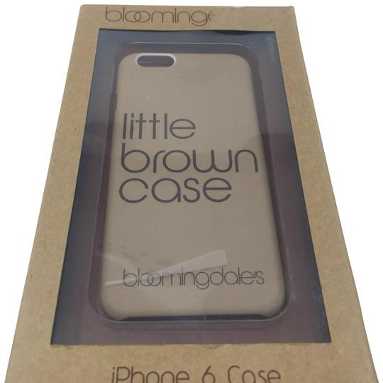 Preload https://img-static.tradesy.com/item/24979835/bloomingdale-s-tan-little-brown-case-iphone-6-6s-case-tech-accessory-0-1-540-540.jpg