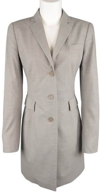 Preload https://img-static.tradesy.com/item/24980145/akris-gray-light-heather-notch-lapel-three-button-coat-size-6-s-0-1-650-650.jpg