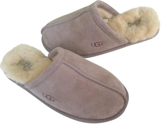 UGG Australia New With Tags Feather / Light Lavender Flats Image 0