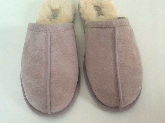 UGG Australia New With Tags Feather / Light Lavender Flats Image 5