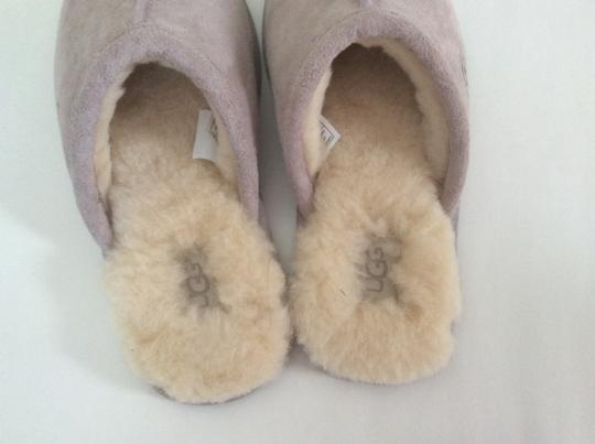 UGG Australia New With Tags Feather / Light Lavender Flats Image 6