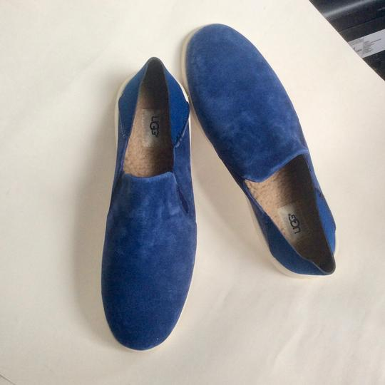 UGG Australia New With Tags Men's Marine Blue Flats Image 10