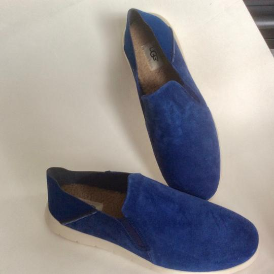 UGG Australia New With Tags Men's Marine Blue Flats Image 7