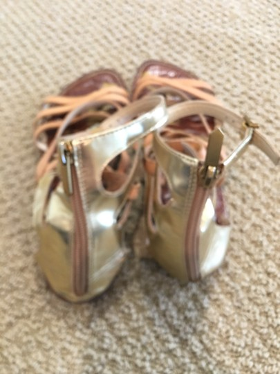 Sam Edelman neutral and gold Sandals Image 3