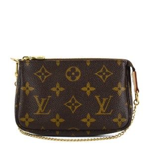 65d2063a6901 Louis Vuitton on Sale - Up to 70% off at Tradesy (Page 2)
