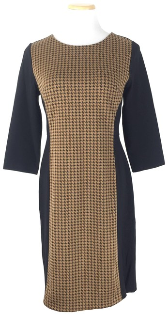 Preload https://img-static.tradesy.com/item/24980381/talbots-brown-crewneck-houndstooth-sheath-short-casual-dress-size-petite-8-m-0-2-650-650.jpg