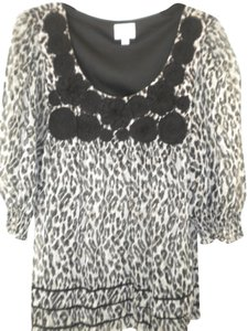 Eci New York Leopard Pattern Half Sleeve Lined Embellished Top Black White