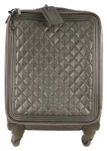 bedf94a4ea93 Get Chanel Weekend & Travel Bags for 70% Off or Less at Tradesy