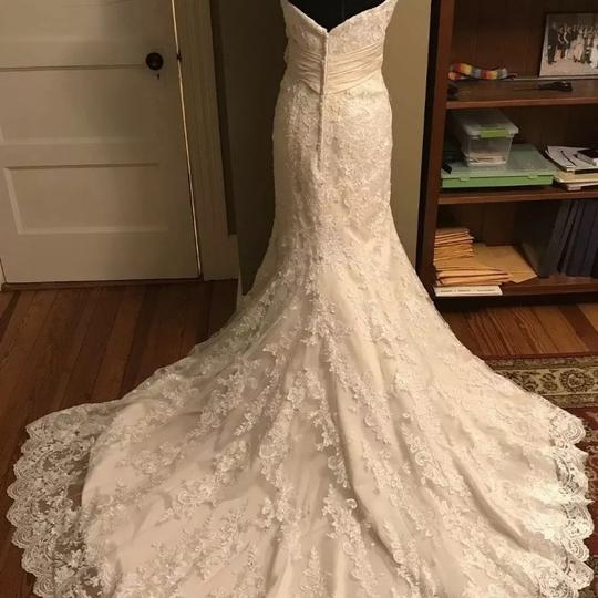 Allure Bridals Ivory / Champagne Lace 8917 Sexy Wedding Dress Size 12 (L) Image 5
