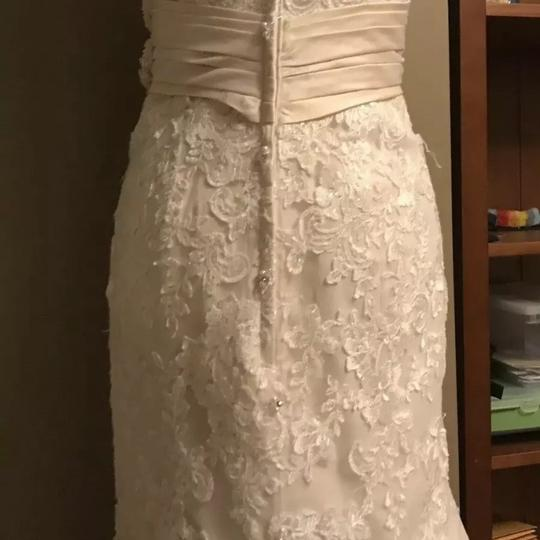 Allure Bridals Ivory / Champagne Lace 8917 Sexy Wedding Dress Size 12 (L) Image 7