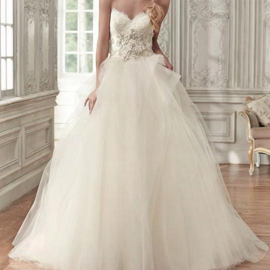 Maggie Sottero Lace Wedding Gown: Maggie Sottero Ivory And Gold Accent Tulle Lace Aracella