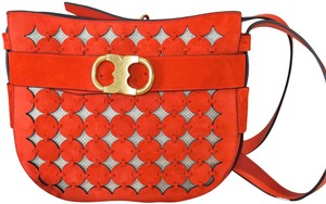2b81d8999a76d Tory Burch Saddle Bags - Up to 70% off at Tradesy