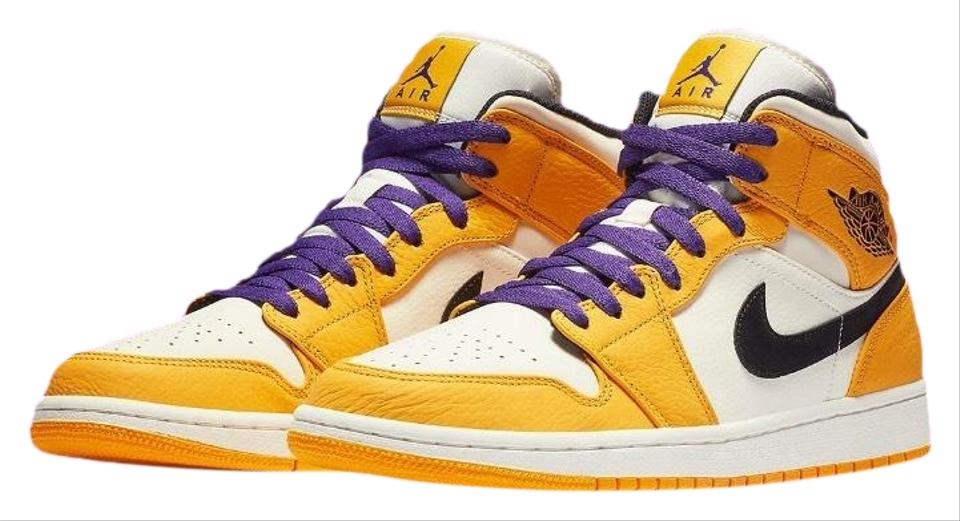 wholesale dealer c8852 0317a Nike Yellow Limited Edition Sneakers Jordan 1 Mid Se Lakers 6.5y (Gs)  Boots Booties