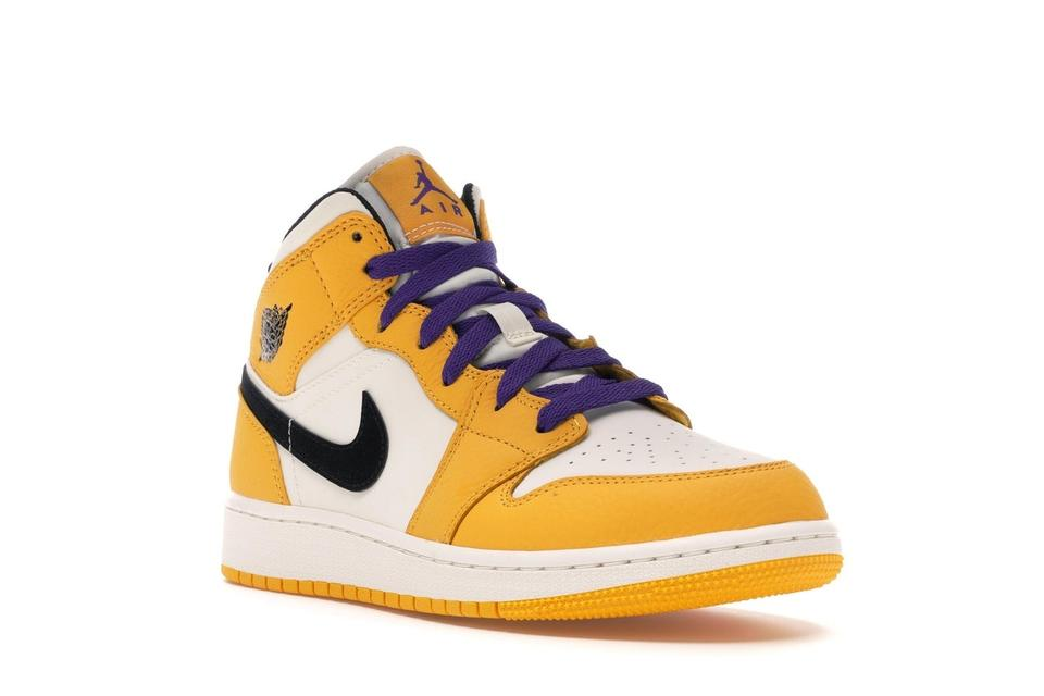 e38d111370a Nike Yellow Limited Edition Sneakers Jordan 1 Mid Se Lakers 6.5y (Gs)  Boots Booties