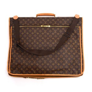 Louis Vuitton Garment Bags - Up to 70% off at Tradesy f4d9105cceaed