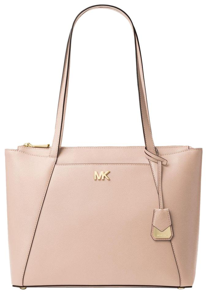 ce90c2bcff8d Michael Kors Maddie Medium Crossgrain 31s8gn2t2l Soft Pink Leather ...