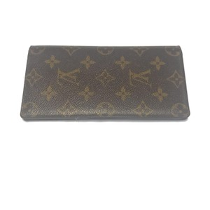 7be81e819e7b Louis Vuitton Checkbook Cases - Up to 70% off at Tradesy