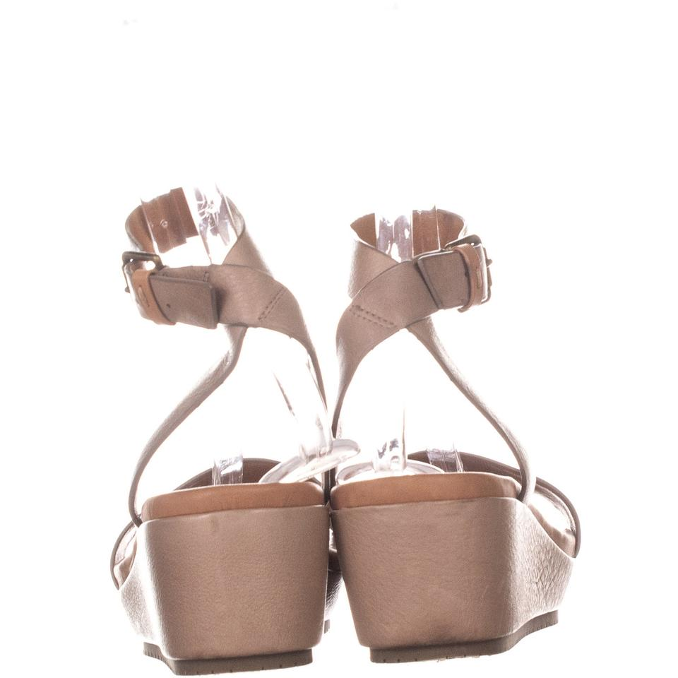 be18c2dfc5d Gentle Souls Beige By Kenneth Cole Morrie Sandals 692 Natural Leather Wedges  Size US 9.5 Regular (M