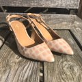 Calvin Klein Tan with White Patent Leather Crocodile Slingbacks Flats Size US 7.5 Regular (M, B) Calvin Klein Tan with White Patent Leather Crocodile Slingbacks Flats Size US 7.5 Regular (M, B) Image 2