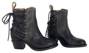 Bed|Stü Lace Up Leather Graphito Rustic Boots