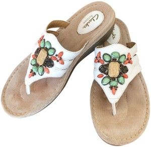 88994ebcfcc Clarks Beaded Embellished Leather Comfortable WHITE MULTI Sandals