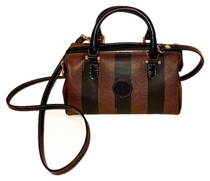 d8ca4ecd91 Fendi Vintage Bags - Up to 70% off at Tradesy