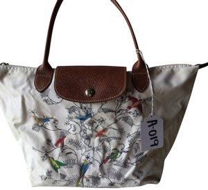 d7341f974100 Longchamp on Sale - Up to 80% off at Tradesy