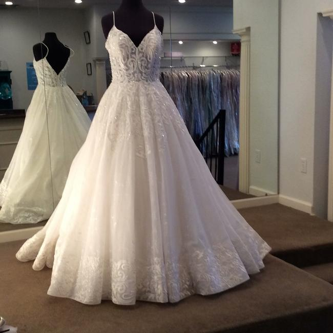 Allure Bridals Ivory Gown Formal Wedding Dress Size 12 (L) Allure Bridals Ivory Gown Formal Wedding Dress Size 12 (L) Image 1
