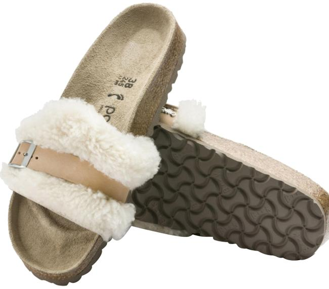 Item - Off White Shearling/Leather Sandals Size US 7 Narrow (Aa, N)