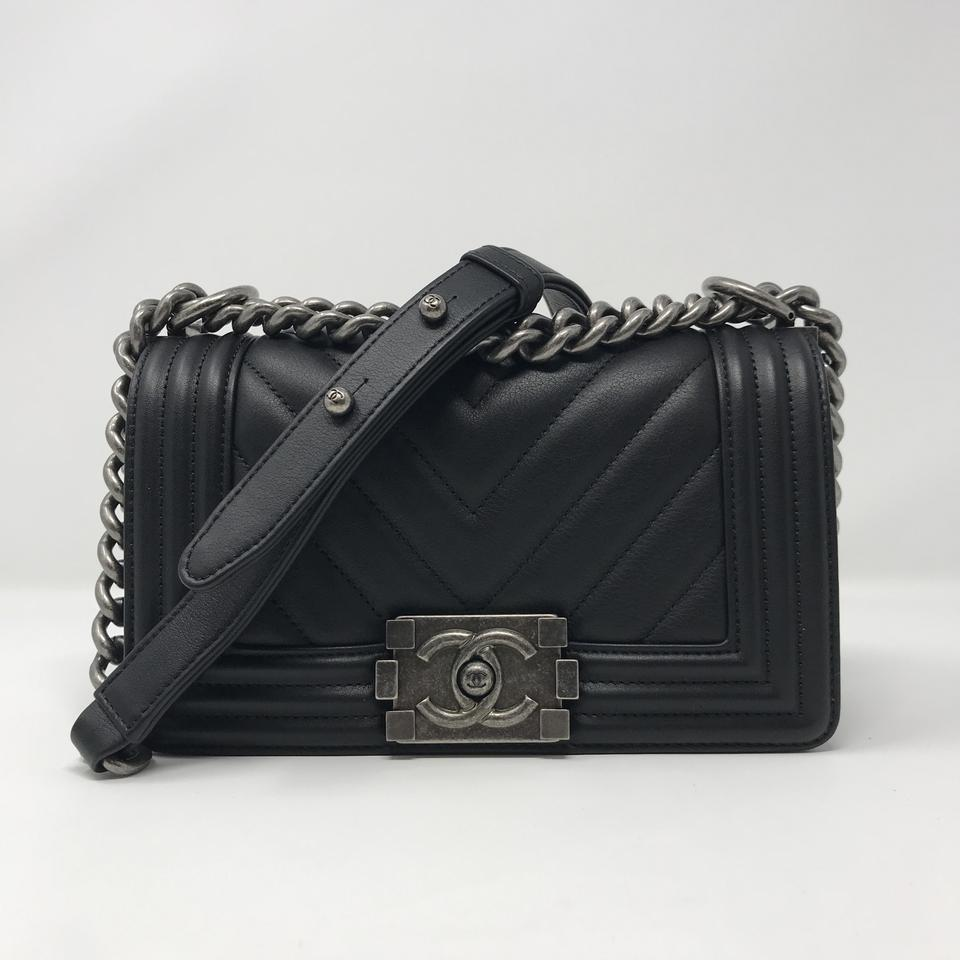 0fa7877a723c Chanel Boy Le Black Cross Body Bag - Tradesy