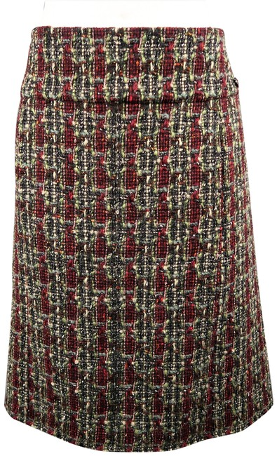 Preload https://img-static.tradesy.com/item/24992809/chanel-green-burgundy-and-wool-blend-boucle-tweed-a-line-skirt-size-14-l-34-0-1-650-650.jpg