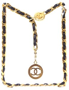 Chanel CC medallion charm leather through chain long two way necklace belt