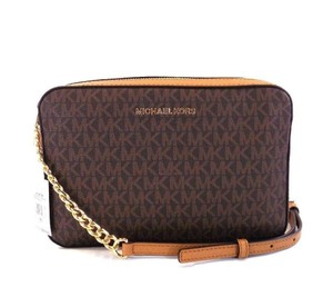 Michael Kors Bags on Sale - Up to 70% off at Tradesy a636eeaec