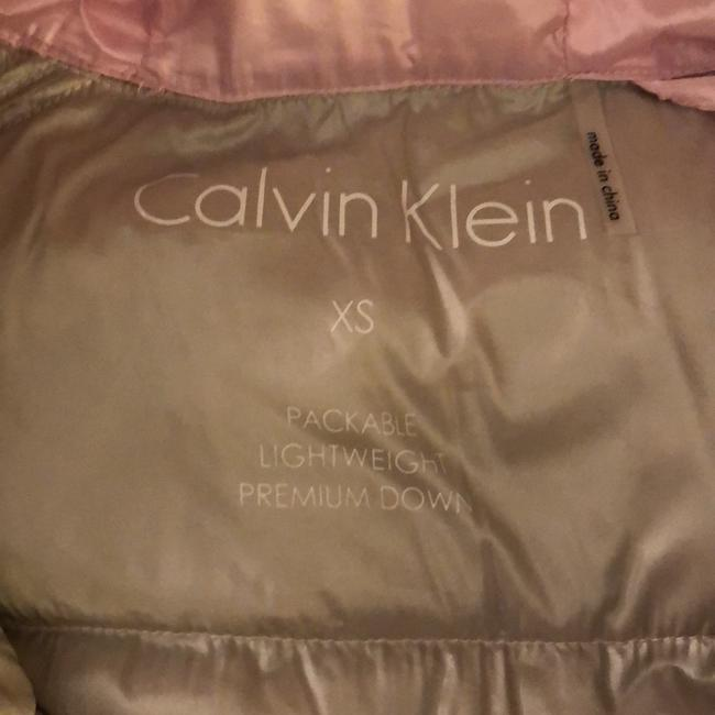 Calvin Klein Pink Packable Down Jacket Size 2 (XS) Calvin Klein Pink Packable Down Jacket Size 2 (XS) Image 3