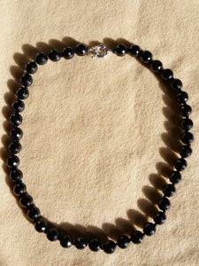 "Fashion Jewelry For Everyone Black 10mm Agate Onyx Round Gemstone 18"" Necklace"