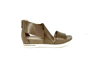 79e0f9e40c5 Women s Eileen Fisher Shoes - Up to 90% off at Tradesy